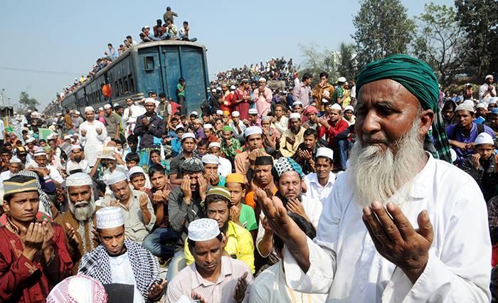 BISWA IJTEMA: Devotees seek peace at Akheri Munajat