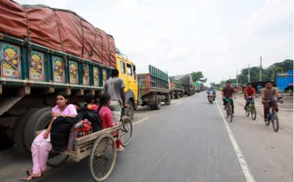 Transport strike hampers economic activities in Rajshahi division