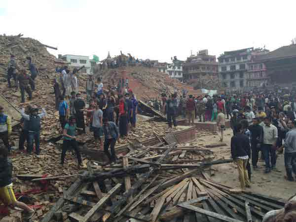 Over 700 killed in Nepal earthquake