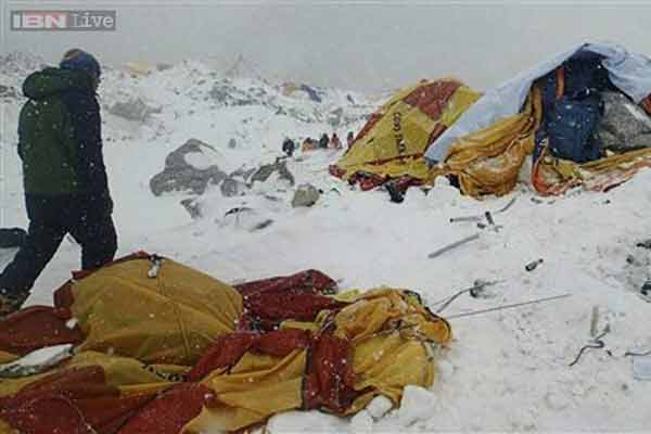 65 may die in quake-triggered avalanche in Everest