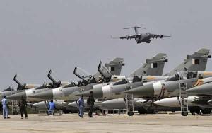 Saudi-led jets resume Yemen strikes