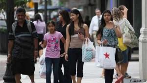 US economic growth misses forecasts despite spending surge