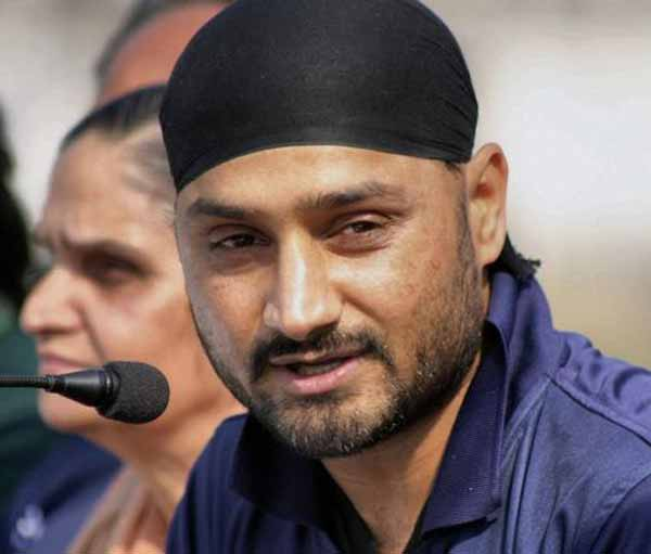 Harbhajan returns to India's Test squad after 2 years