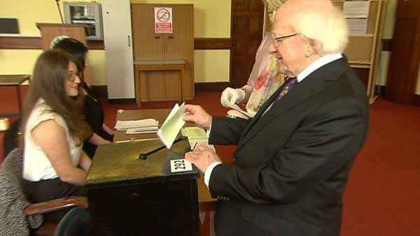 High turnout gay marriage vote close in Ireland