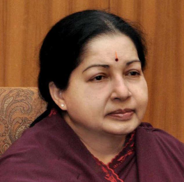 Jayalalitha set to return to power