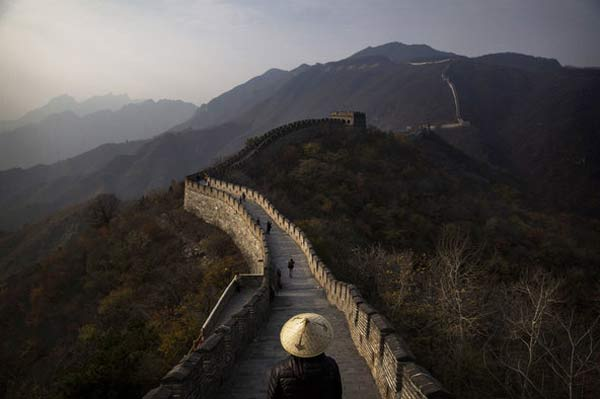 China fears loss of Great Wall, brick by brick