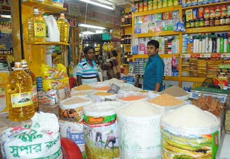 Bangladesh's inflation eases slightly in August