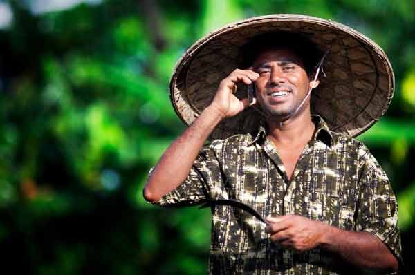 Bangladesh cell phone users to pay more