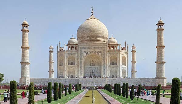 Taj Mahal ranked 3rd among world's top landmarks