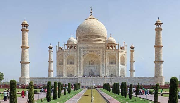 Taj Mahal ranked 3rd among world's top landmarks