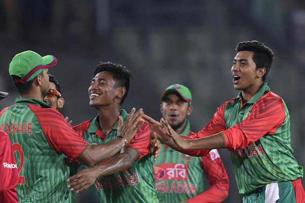 Bangladesh's Mustafizur Rahman: First sighting of a Tiger cub