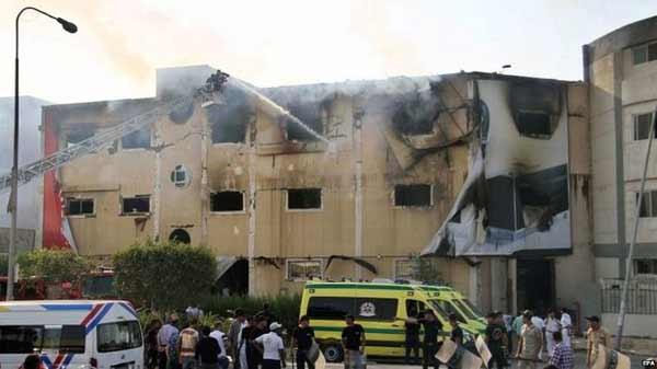 Egypt furniture factory fire kills 25