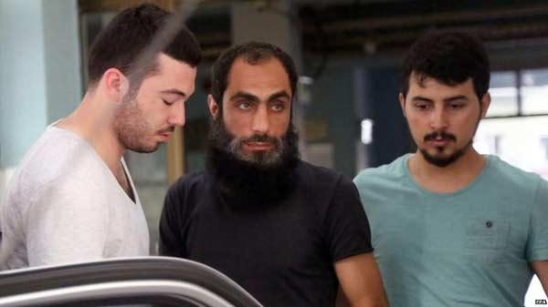 21 'IS' held after Turkey raids