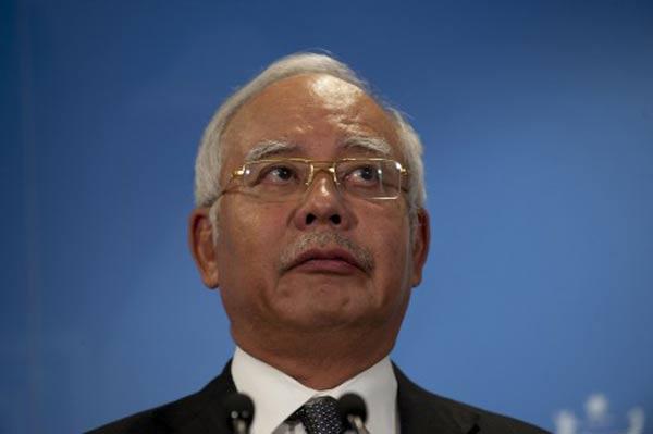 Malaysia PM sacks deputy over 1MDB
