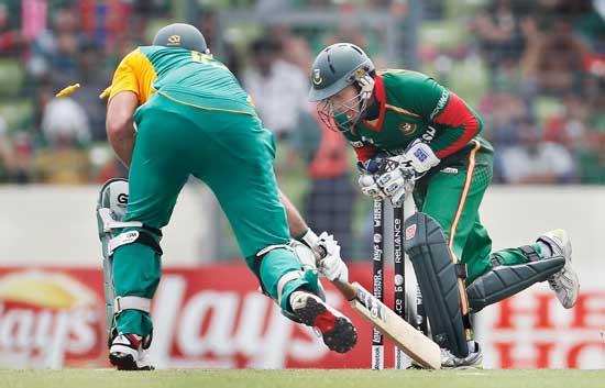 S Africa set 170-run target for Bangladesh