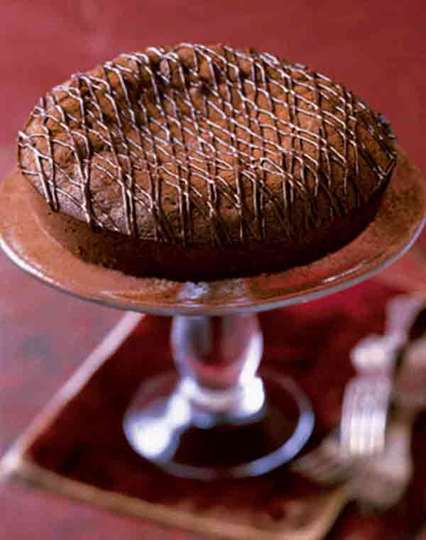 Do you know the recipe of hot chocolate cake?