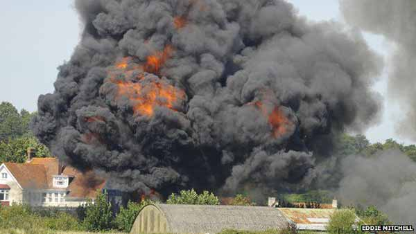 7 killed, 14 injure in UK jet crash fireball
