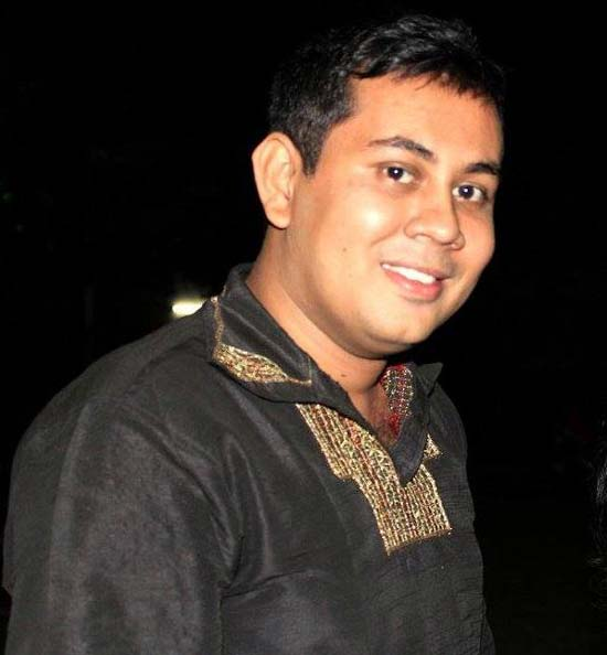 Another blogger stabbed dead in Bangladesh capital