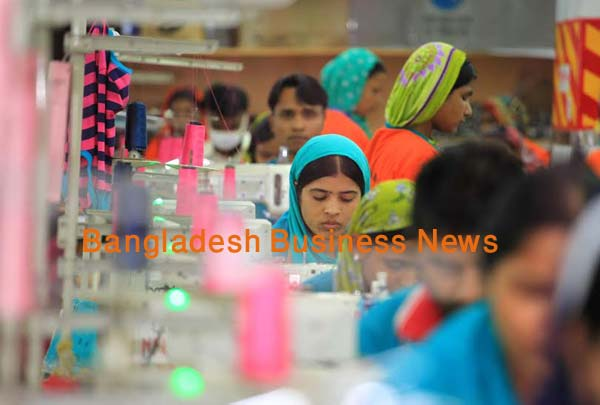 Bangladesh garment exports decline in July '15