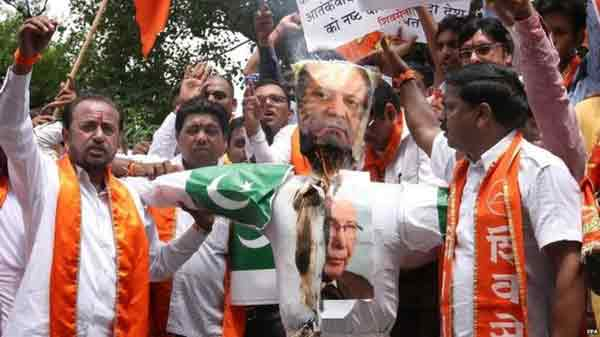 Shiv Sena attack derails India-Pakistan cricket talks