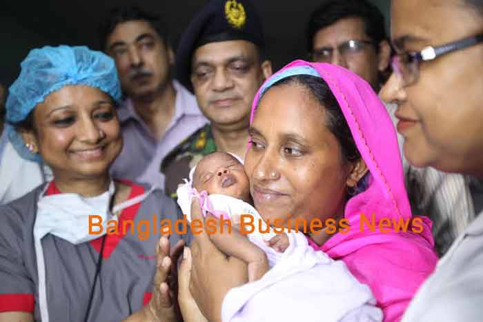 Bullet-hit baby Suraiya finally in her mothers lap