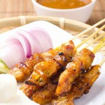 Easy way to make chicken satay at home