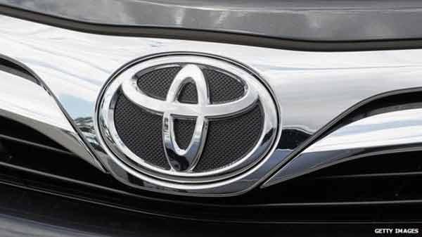 Toyota's first quarter profit rises 10%