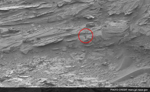 Can you spot a woman in NASA's pic of Mars?
