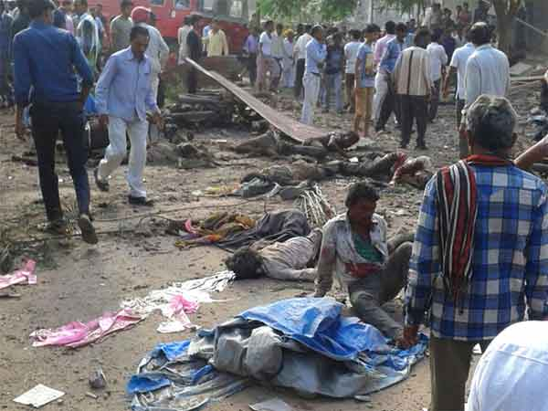 Over 80 killed as cylinder explosion in India