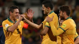 Five-star Socceroos overwhelm Bangladesh
