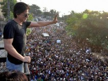 SRK Twitter followers reach 15 million mark