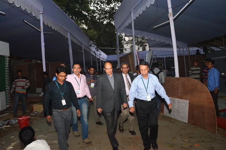 Bangladesh Bank Governor Dr Atiur Rahman visits Banking Fair ground