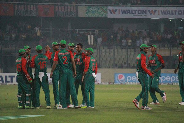 Buoyant Bangladesh aim to wrap up series