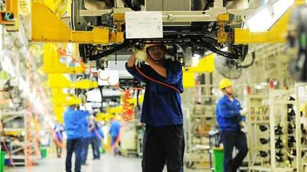China manufacturing shrinks for third month in a row
