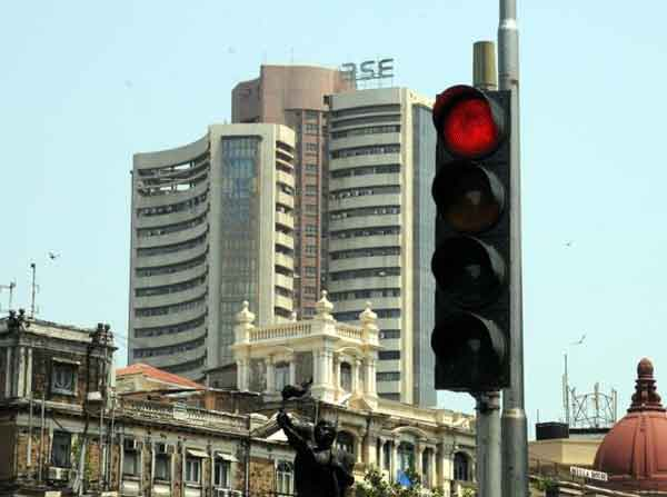 Sensex trips 125 points ahead of RBI policy