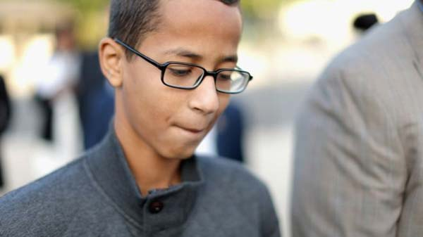 US clock boy seeks $15m in damages