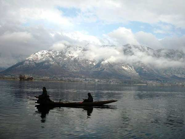 Climate change warming world's lakes at alarming rate