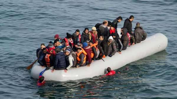 Migrant crisis: Over 1 million reach Europe by sea