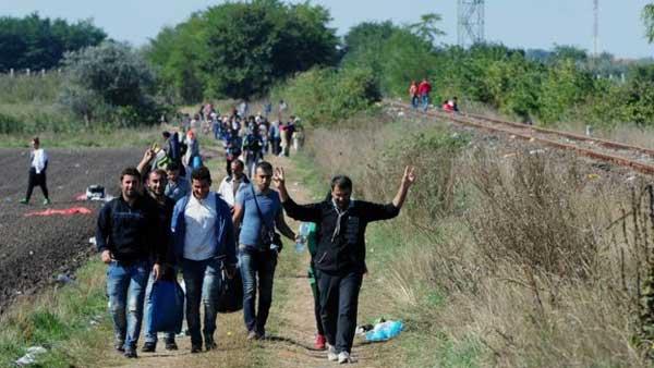 Migrant crisis dominates as EU meets