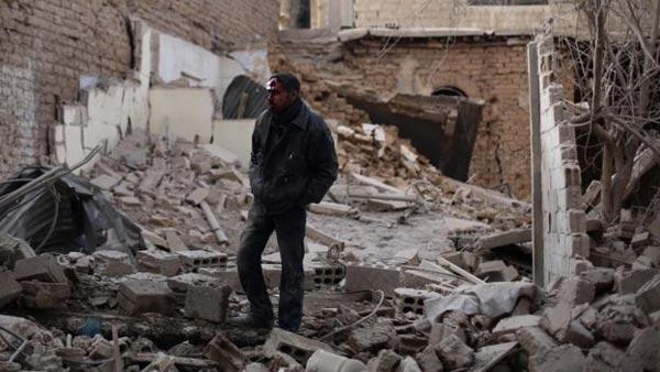 Russia bombs 'kill 200 Syria civilians'