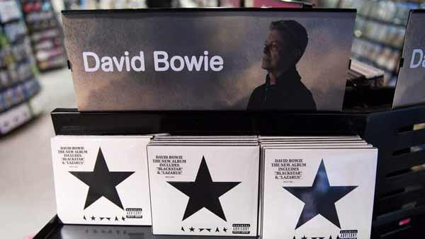 Bowie's Blackstar becomes first US no 1 album
