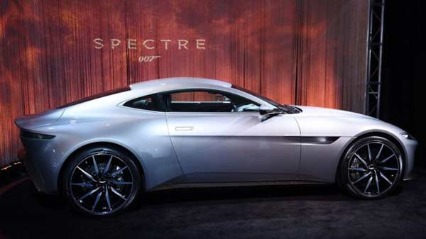 James Bond Spectre car in £1m auction