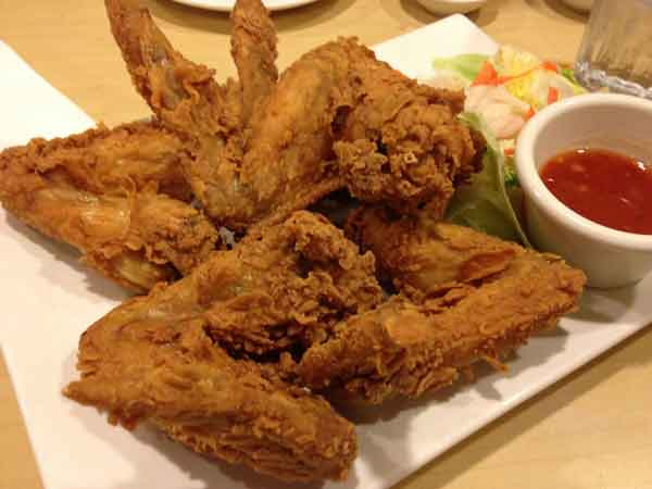 Kids special crispy chicken wings
