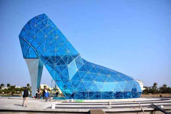 Taiwan builds shoe-shaped church to attract female worshippers