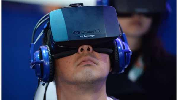 Oculus Rift VR headset goes on sale for $599