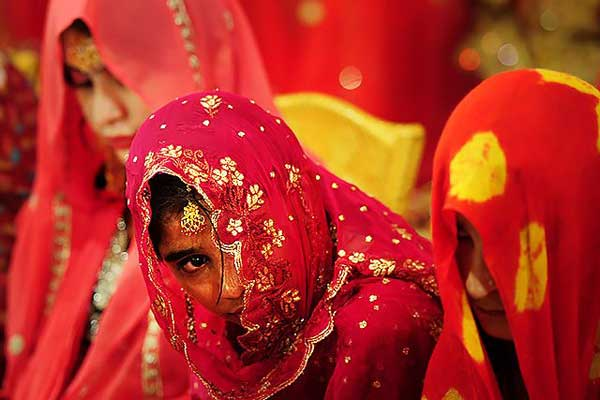 Bill banning child marriage fails in Pakistan