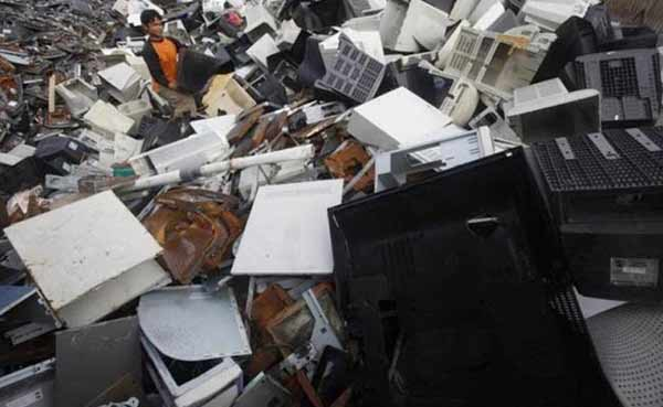 New approach to turn electronic waste into gold!
