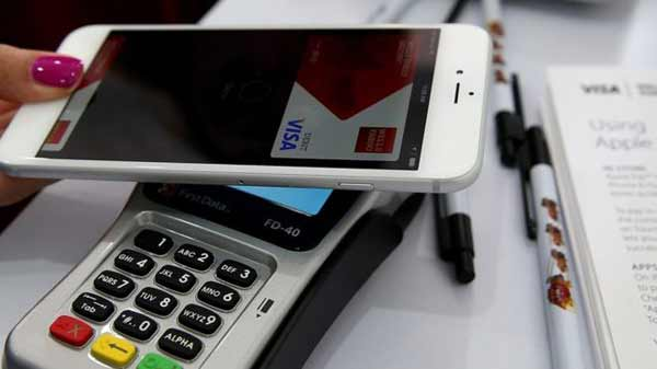Apple Pay service launches in China