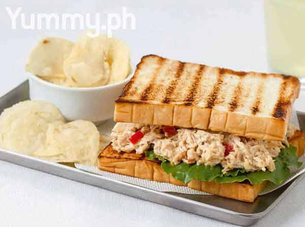 Classic roast chicken salad sandwich