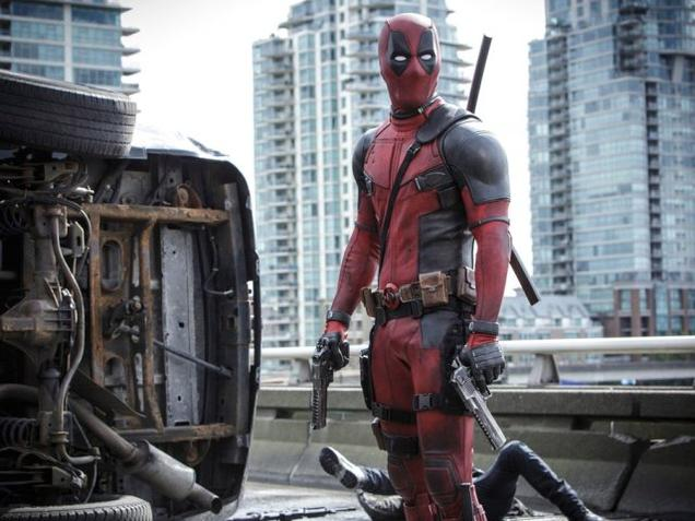 Ryan Reynolds credits fans for 'Deadpool' green signal